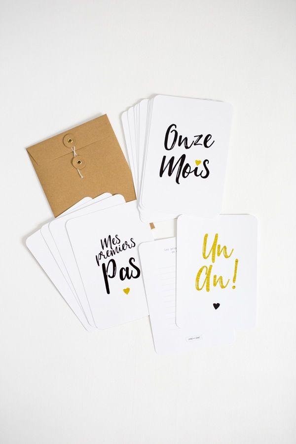 La première année de votre enfant est riche en nouveautés tous les mois ! Pour ne rien oublier de ces précieux moments, voici un lot de 16 cartes...
