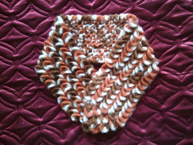 gradient neck scarf