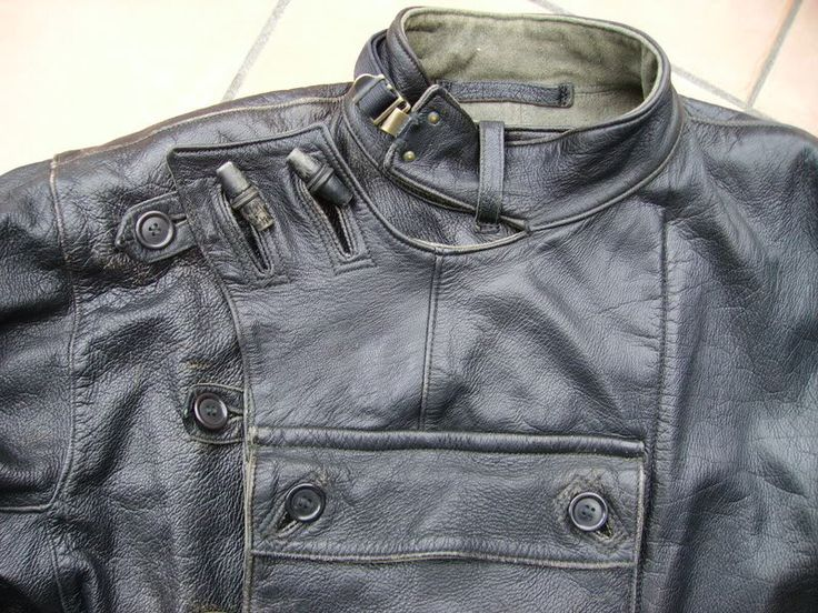 Leather Swedish army dispatch riders motorcycle tanker jacket (detail) - Motorjacka m/60 and Motorbyxa m/60 were made in canvas and in leather.