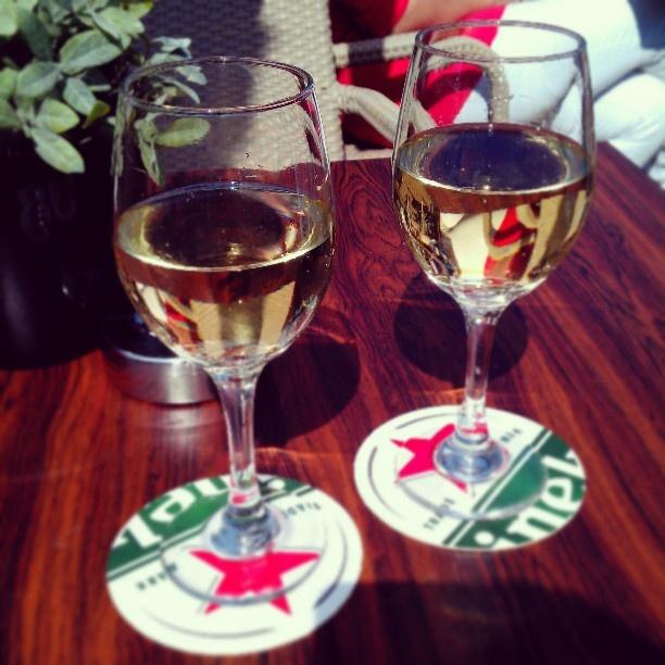 Wijn op het terras Fred & Douwe Doetinchem