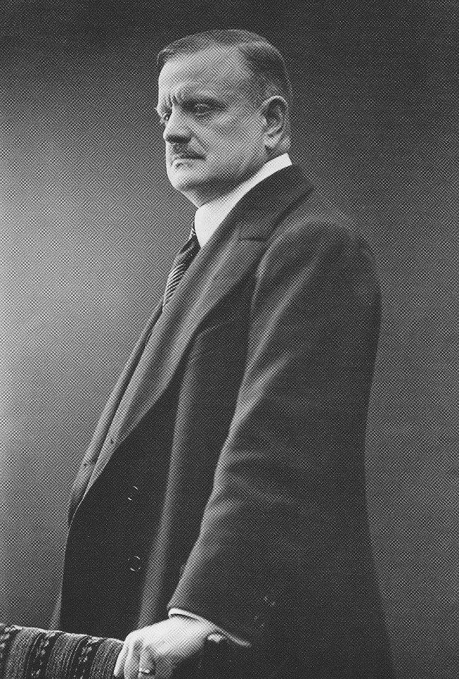 Jean Sibelius, 1909 (age 44)