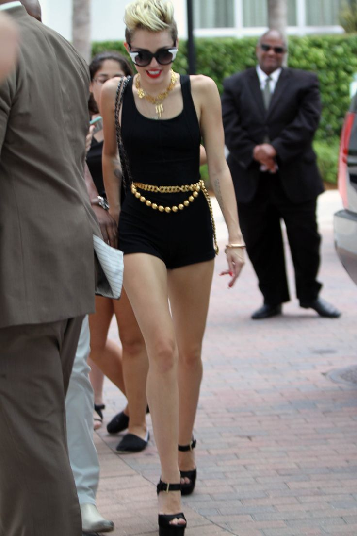 66 best Miley Cyrus images on Pinterest | Miley cyrus, Girl ...