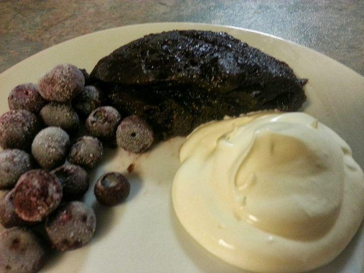 My Aussie LCHF life: Flourless, sugar free chocolate mug-cake