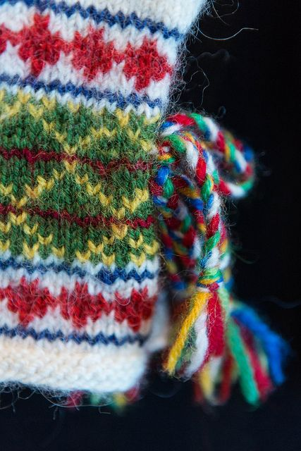 Sami mitten - detail by ingahelene, via Flickr