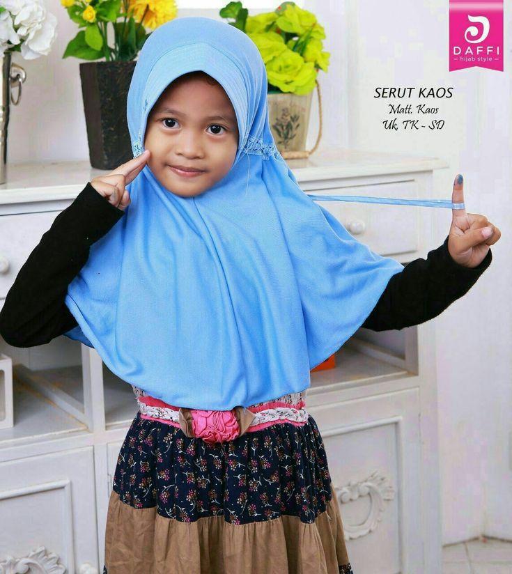 Jilbab Jan kids 2 (kode) Bahan kaos  Jilbab anak serut  Ecer IDR 26.000 Grosir 3 IDR 22.100 (bisa campur jilbab lain)  Stok warna: kuning hijau muda magenta pink biru muda #jilbabterbaru #jilbabcantik #hijab #jilbab #modelhijab #hijabmodern #jilbabinstan #muslimhijab #hijabstyle