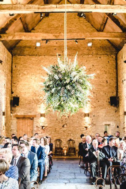 Cotswolds Wedding Florist shows recent wedding flowers at Cripps Barn.