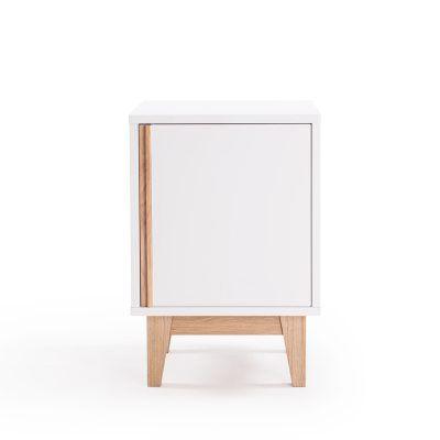 Line nattbord, hvit i gruppen Møbler / Bord / Nattbord hos ROOM21.no (127912)