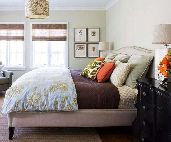 I love the padded bed frame, I plan on making one for our bed.  It is so hard to find bedding that actually fits our king size bed.  This would create a clean look to hide that box spring!