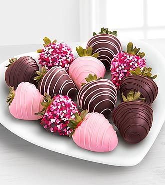 Chocolate Dip Delights™ Valentine Day Real Chocolate Covered Streawberries with FREE Earrings- Shown