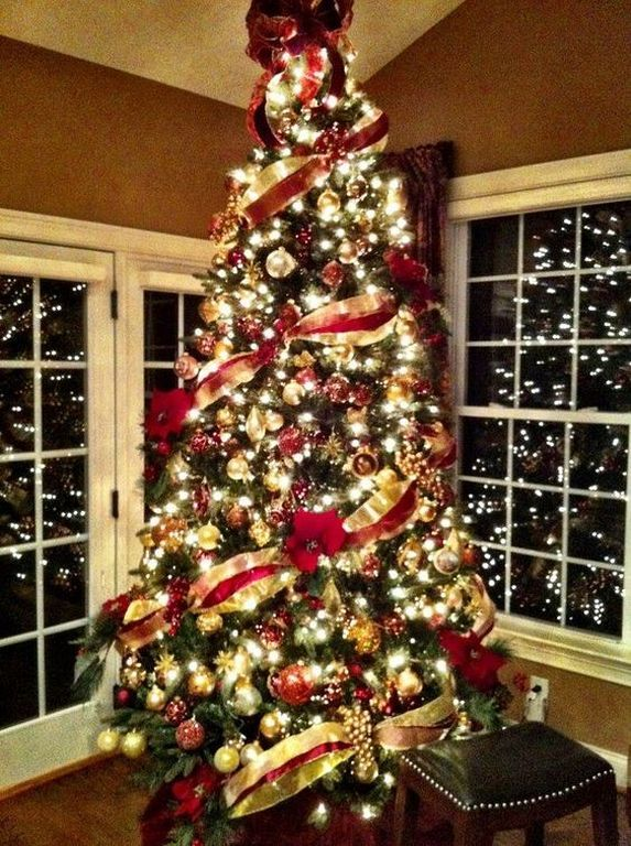 20 Spectacular Farmhouse Christmas Tree Decorating Ideas Check More At 87designs