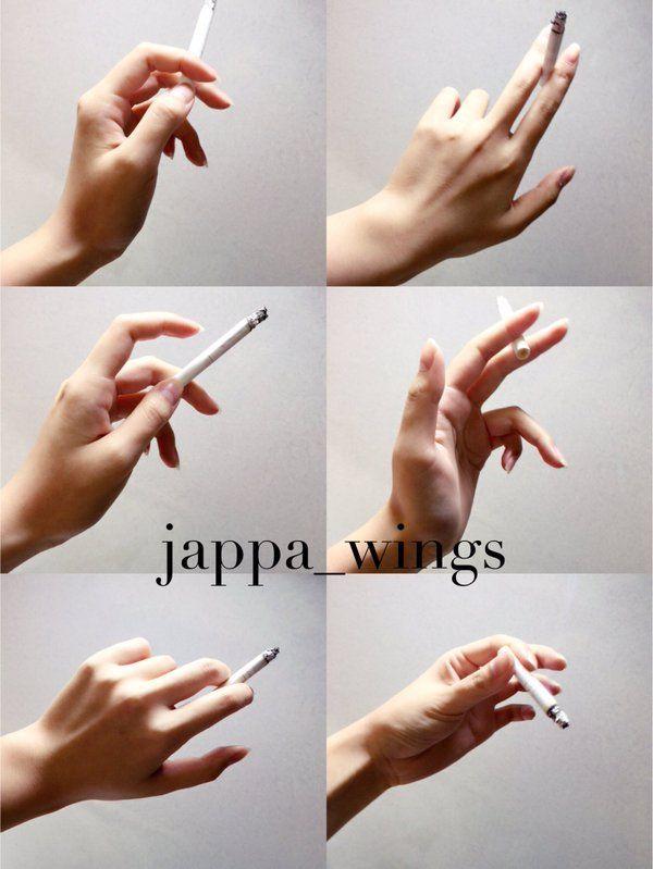 """""""タバコを吸う手に性癖を擽られるので自分の手だけど撮って遊んでた。リアルにタバコを吸うときは男女問わず割りと指先でソフトに挟むんだけど、指が反ると女性らしく、逆に根元付近で挟んで指を丸めると男性らしくなる気がする。お好きに使って下さい"""""""