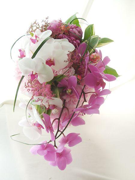 うきうき花レシピ 芍薬と胡蝶蘭の和装ブーケ/はなどんやアソシエ #flower