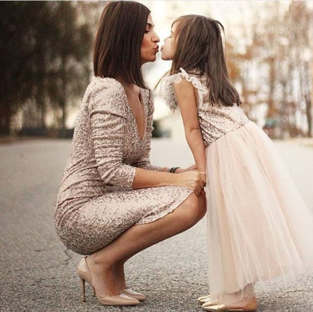 Champagne theme Mom and Daughter picture