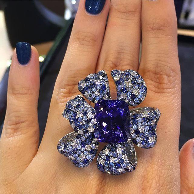 Butani Jewellery.  Tanzanite and diamonds ring! Visit @butanijewellery at the…