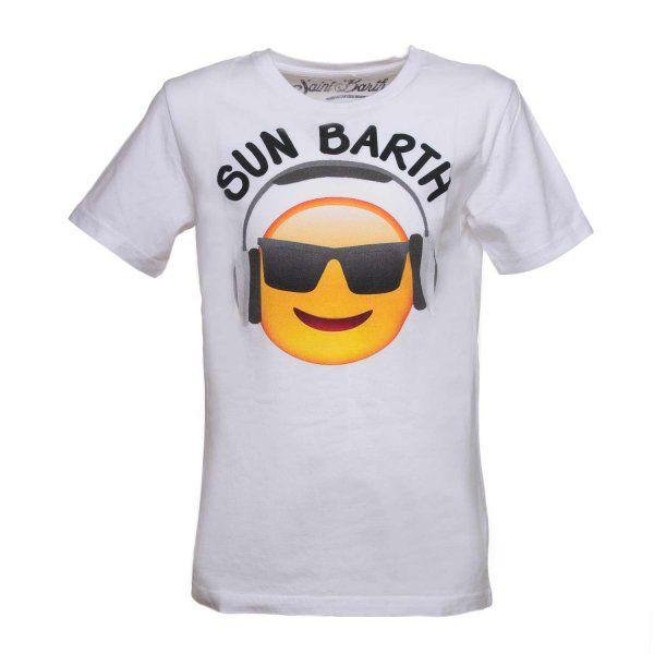 MC2 SAINT BARTH - T-SHIRT SMILE Frizzante T-Shirt con stampa Smile bianca della linea abbigliamento bambino e ragazzi firmata MC2 Saint Barth P/E 2017. Una T-Shirt vivace ed esclusiva, perfetta da indossare con bermuda e costumi ma anche con jeans e scarpe running per un'estate da vivere all'aria aperta! #mc2saintbarth #tshirt #modaragazzo #shoponline #annameglio #abbigliamentomoda #fashionlook