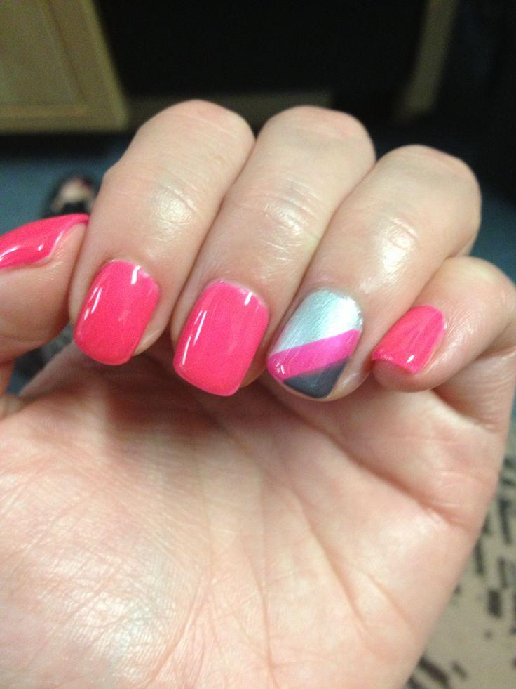 Jennifer Lopez's Engagement Photo Nail Polish - Hands ...
