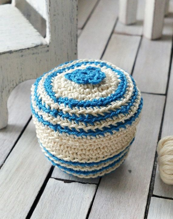 Dollhouse basket  miniature crochet basket  1 12 by DewdropMinis