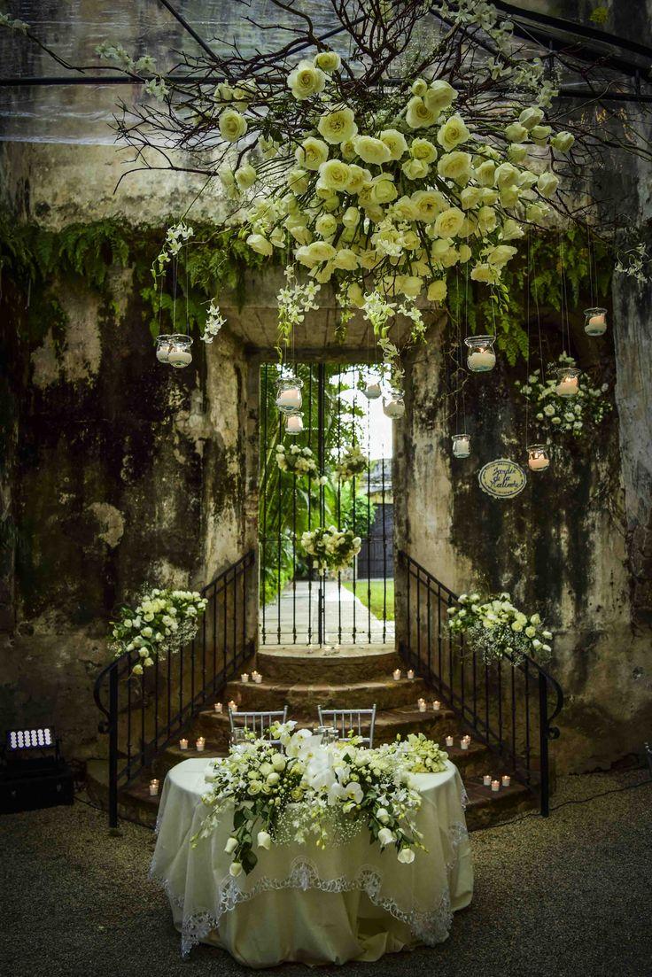 mesa novios, montaje con flores blancas, bodas en ...