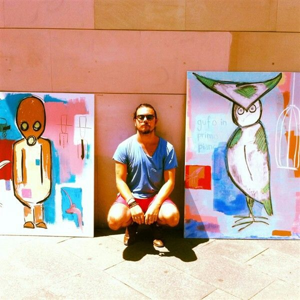 taking some sun before delivering these artworks in Florence,  Italy http://www.patriklundell.com