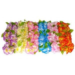 Collier hawaii avec fleurs hawaïennes en tissu et feuilles, accessoire déguisement hawaii, fêtes http://www.baiskadreams.com/1053-collier-fleurs-hawaiennes-couleur-en-tissu.html