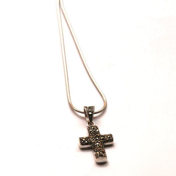 Sterling Silver Cross Necklace Cross pendant by GozdyJewelry