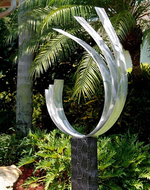 abstract modern metal garden sculpture freestanding seabreeze by jo. Black Bedroom Furniture Sets. Home Design Ideas