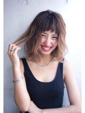 ACE LA プラチナベージュ×ロブ - 24時間いつでもWEB予約OK!ヘアスタイル10万点以上掲載!お気に入りの髪型、人気のヘアスタイルを探すならKirei Style[キレイスタイル]で。