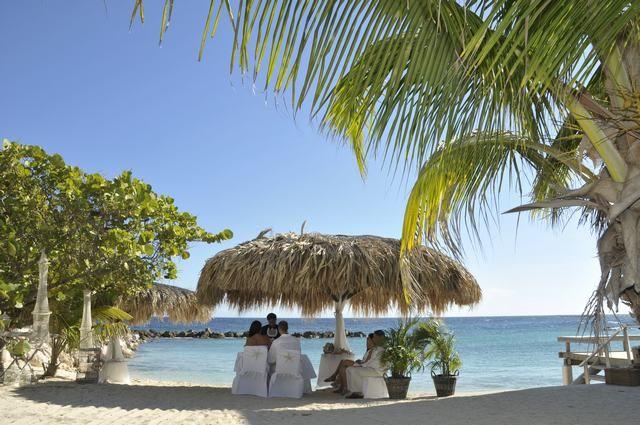 Avila Hotel | Trouwlocaties Curacao | BanKasa