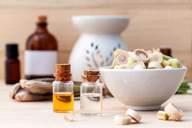 Top 30 Incredible Lemongrass Essential Oil Benefits and Uses