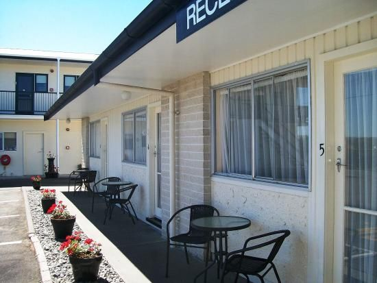 Cedar Court Motel, Napier: See 110 traveller reviews, 55 photos, and cheap rates for Cedar Court Motel, ranked #11 of 47 hotels in Napier and rated 4.5 of 5 at TripAdvisor.