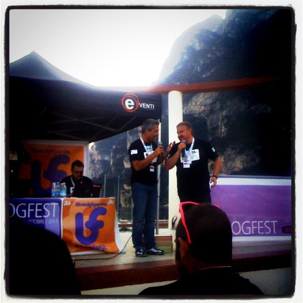 @Claudio Gagliardini + @Davide Licordari + @Rudy Bandiera = #lovvotica ai #TA11