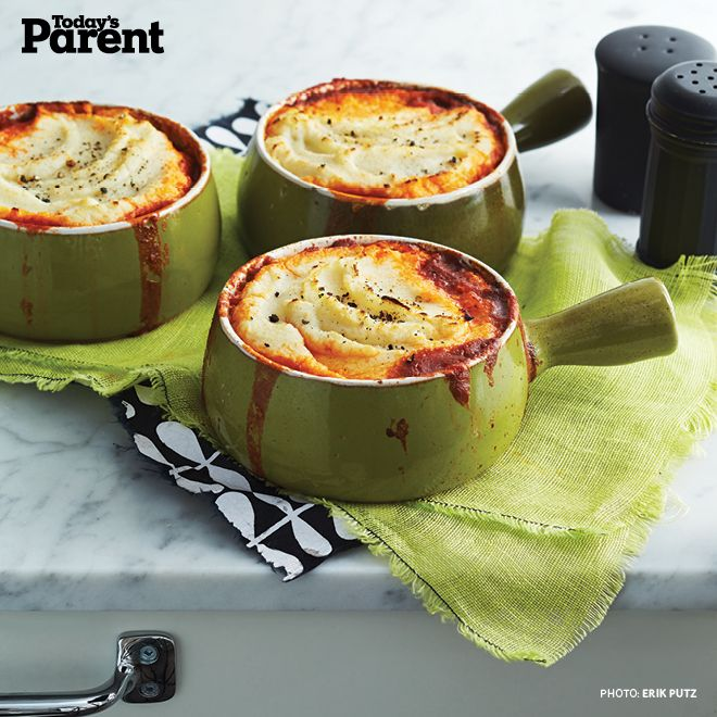 Take the classic comfort food for a new spin by swapping heavy potatoes with hearty vegetables in this Shepherd's Pie with Cauliflower Mash.