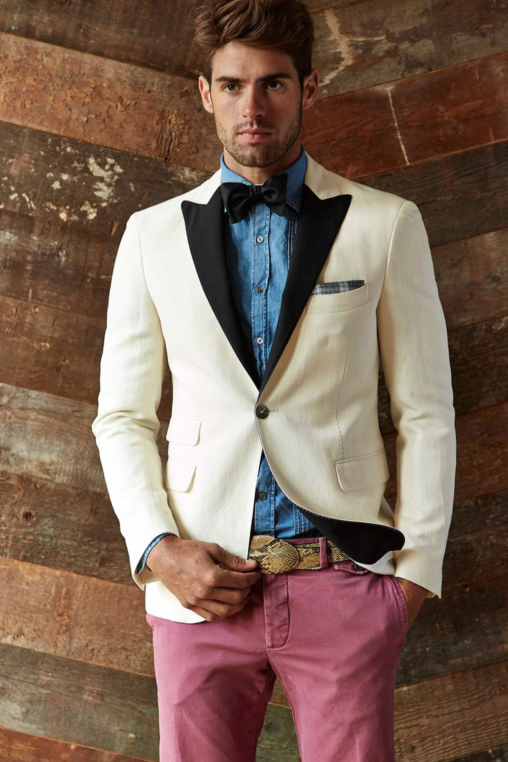CHAD WHITE MODELS MICHAEL BASTIAN'S SOUTHWEST INSPIRED SPRING 2015 COLLECTION