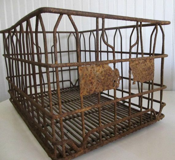 1000 images about milk crates on pinterest industrial for Decorating with milk crates