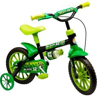 """Bicicleta Infantil Nathor Aro 12"""" Black 12, possui a nova roda aro 12, que proporciona um pedalar mais seguro, confortável e com mais equilíbrio. Tudo isso pensando no bem estar dos pequenos. Além disso, possui design moderno, com garrafinha, pneu em EVA, quadro em aço, guidão com PAD, placa frontal e cores alegres. Tudo o que a criança precisa para se divertir com segurança e conforto."""