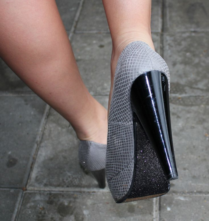 kom glimmer under dine højhælede sko #sko decoupage