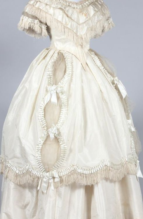 1120 best Wedding Gowns: 1800s images on Pinterest