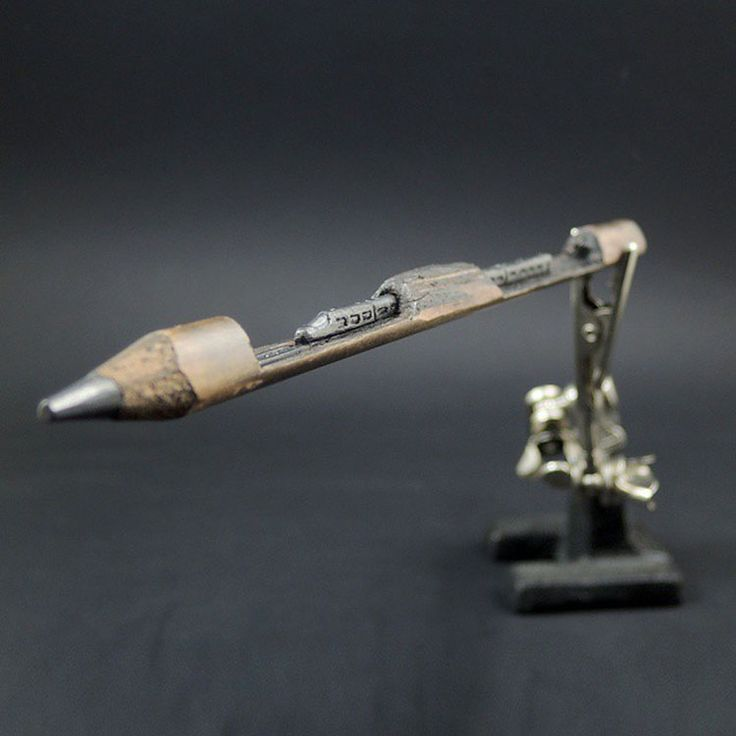 Best Pencil Carvings Images On Pinterest Pencil Carving - 8 astonishing tiny sculptures carved on the tips of pencils