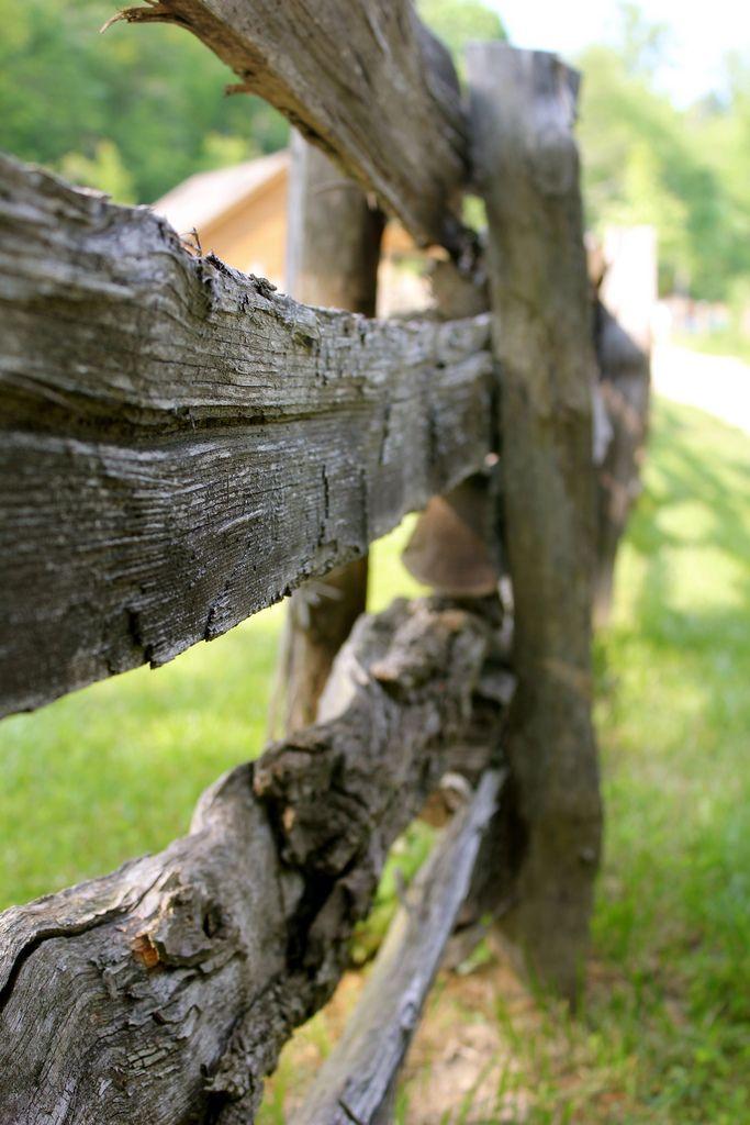 Old Fence (von cpeterson222)