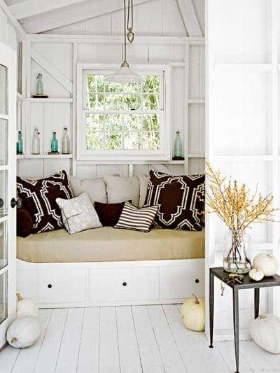 white walls: Spaces, Cozy Nooks, Idea, Cottage, Reading Nooks, Books Nooks, Beaches Houses, Window Seats, Pillows