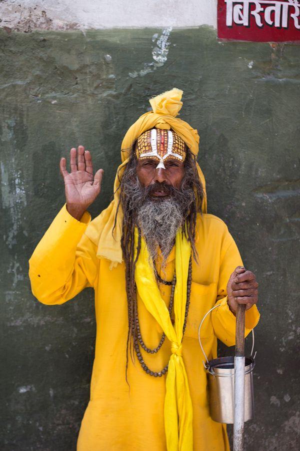 Sadhu, Nepal. Street Photography : People of Kathmandu  by Àlex Reig, via Behance © Àlex Reig 2014 #streetphotography #Sadhu #Nepal