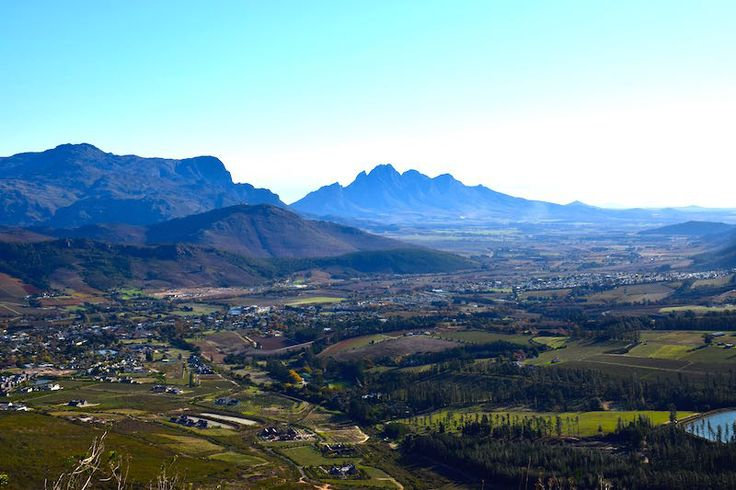 The view over the vineyard town of Franschhoek. What a Majestic beauty in South Africa
