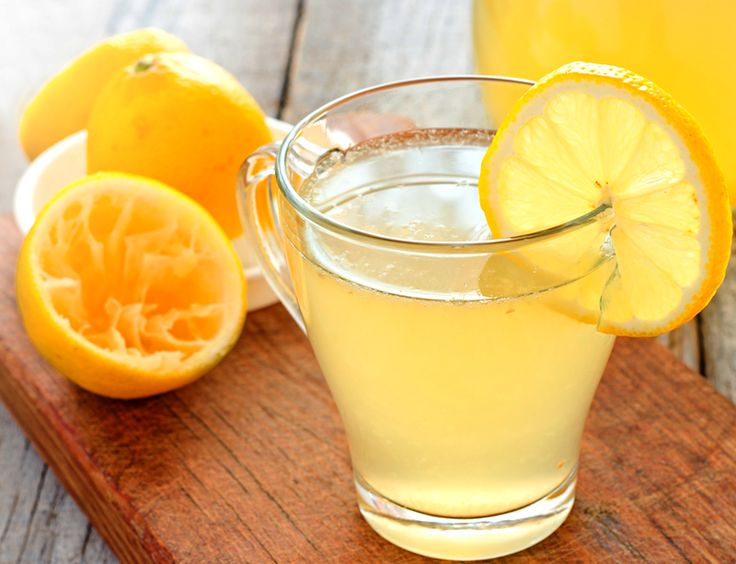 Fresh Lemonade Recipe, Ina Garten 1 cup freshly squeezed lemon juice 1/2 to 3/4 cup superfine sugar, to taste 1 cup crushed ice 4 cups water Blend together until smooth.