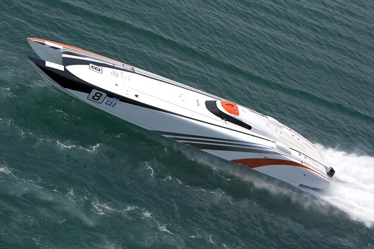 Faster than Bruce Lee in the Sanya Class 1 World Powerboat China Grand Prix