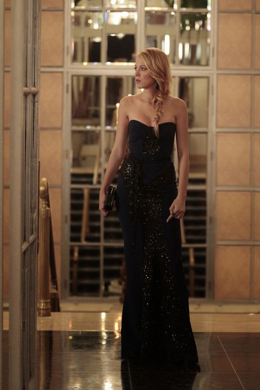 "GOSSIP GIRl-- ""Monstrous Ball"" -- image GO605A_0213 Pictured: Blake Lively as Serena Van Der Woodsen. Photo: Giovanni Rufino/The CW -- © 2012 The CW Network. All Rights Reserved."