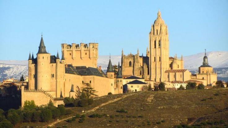 great view of Segovia city