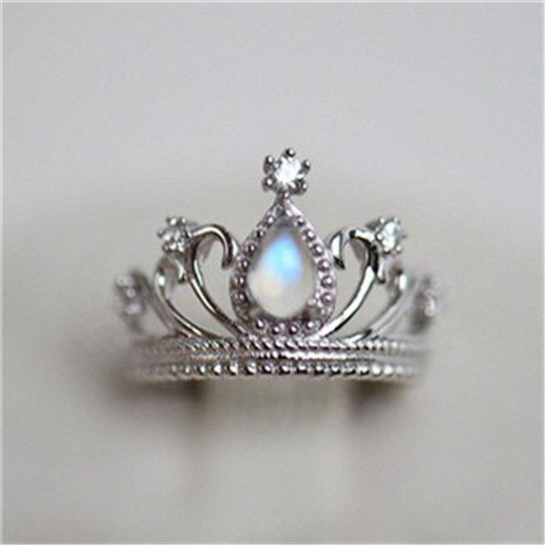 http://rubies.work/0019-price-from/ Fantastic Vintage Princess Crown Moonstone…