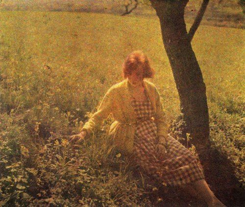 Madeleine Messager -Bibi Lartiguein Rouzat, 1921  autochrome by J.H.Lartigue