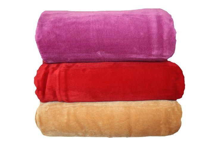 Κρύο , τι πιο ζεστό από μια μαλακιά & ελαφριά βελουτέ κουβέρτα !!! http://www.homeclassic.gr/arkhike/#!/Βελουτέ-Κουβέρτα-Μονόχρωμη-Μονή-&-Υπέρδιπλη/p/18919969/category=4414715
