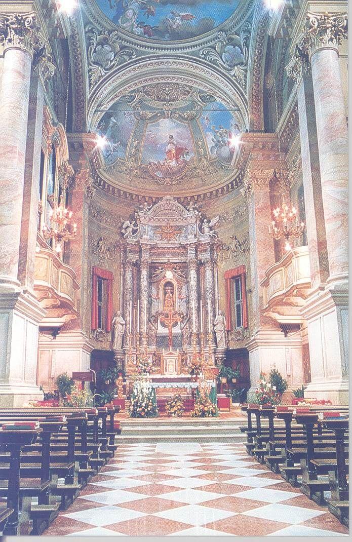 Anno 1993: l'originale Altar Maggiore della chiesa Santa Maria Assunta - http://www.gussagonews.it/altare-maggiore-originale-chiesa-santa-maria-assunta-maggio-1993/